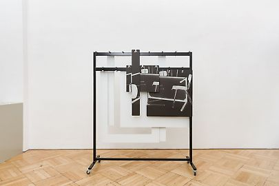 georg-karglfine-arts2019modern-alibisthomas-locher-garderobe-201902.jpg
