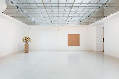 georg-karglfine-arts2019modern-alibiswillem-de-rooij-installation-view01.jpg