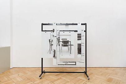 georg-karglfine-arts2019modern-alibisthomas-locher-garderobe-201901.jpg