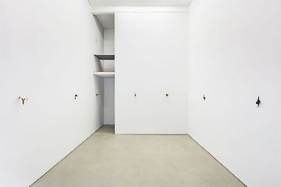 georg-kargl-box2020david-fesl-the-concrete-boy01installation-view.jpg