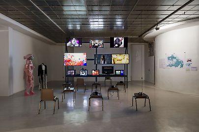 georg-kargl-fine-arts2021curated-byvalentinas-klimasauskasinstallation-view01.jpg